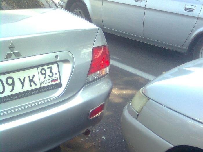 Легкое столкновение с минимальными повреждениями. | Фото: drive2.ru.