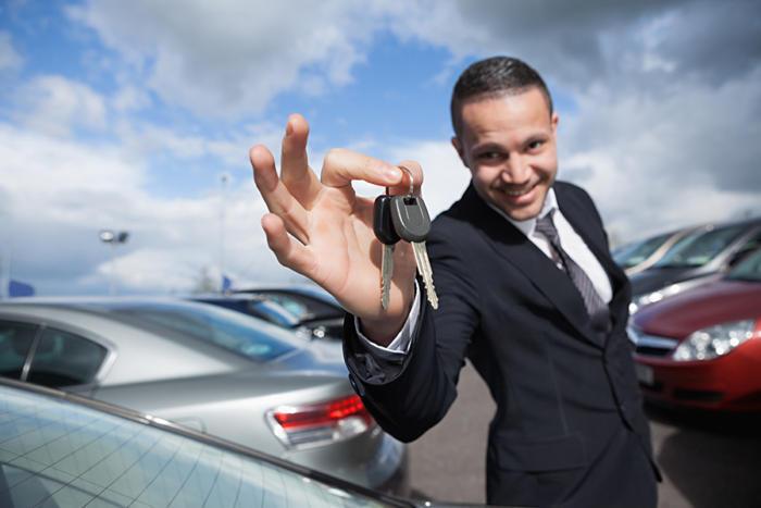 Акула автобизнеса - продавец автомобилей. | Фото: infoworld.com.