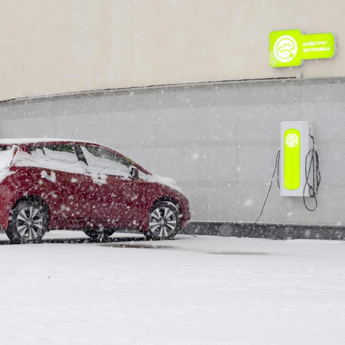 Электрокары вовсе не так опасны, как можно подумать после просмотра новостной ленты в соцсетях. | Фото: familyhandyman.com.