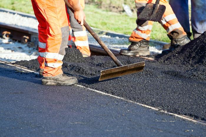 Финансировать ремонт дорог теперь будут еще и за счет штрафов автомобилистов. | Фото: pavlodarnews.kz.