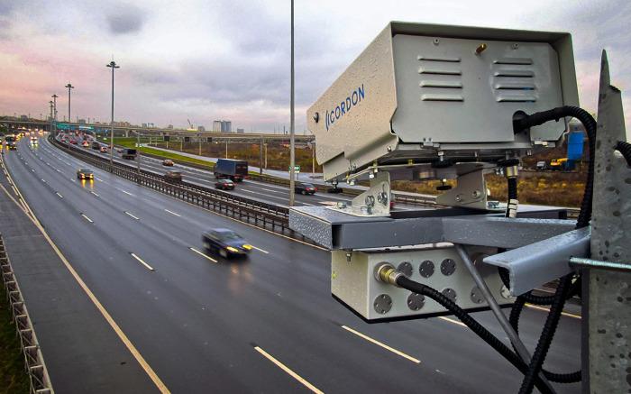 В больших городах водителям без страховки спрятаться будет непросто. | Фото: zr.ru.