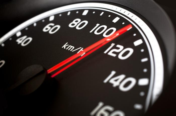 Ускорение «прокачанного» автомобиля: больше мощности – больше скорости.
