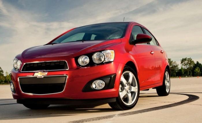 Субкомпактный автомобиль Chevrolet Aveo сейчас собирают и в России. | Фото: cheatsheet.com.