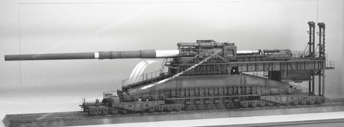 Железнодорожная артиллерийская система «Дора». | Фото: ru.wikipedia.org.