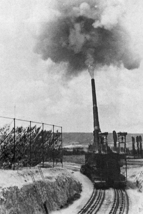 Боевая стрельба 80 см орудия «Дора».
