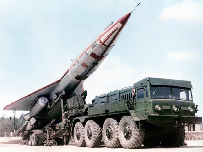 Сверхзвуковой беспилотный разведчик Ту-123 «Ястреб-1».