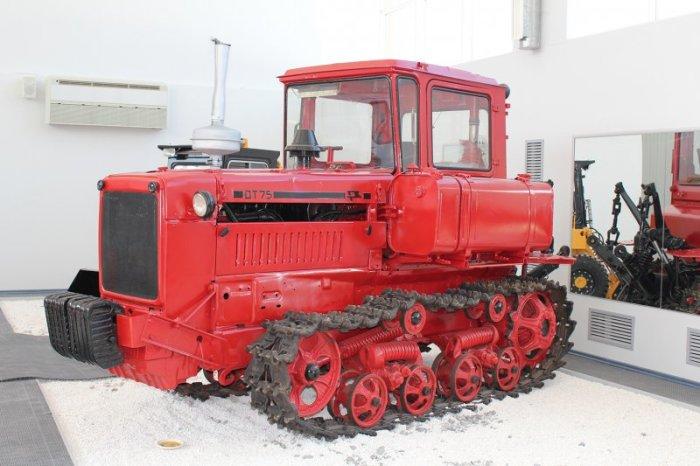 ДТ-75 - трактор Волгоградского завода. | Фото: mini-koleso.ru.