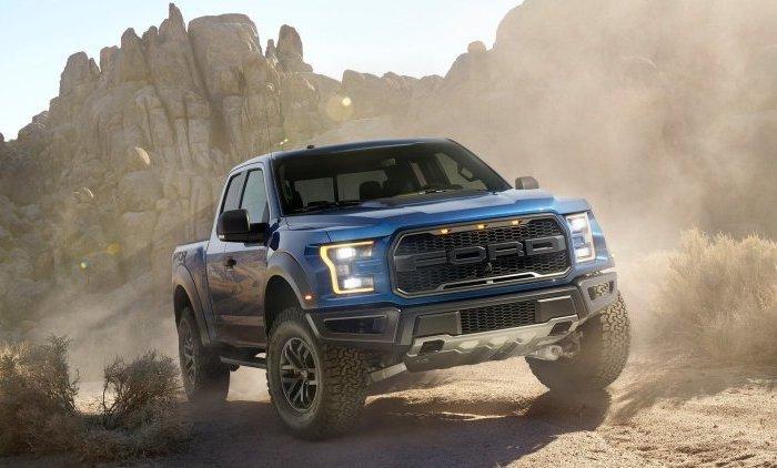 Ford Raptor – «заряженная» версия пикапов F-серии.