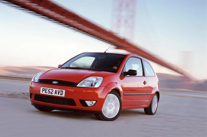 Ford Fiesta - с 2002 года на конвейере.