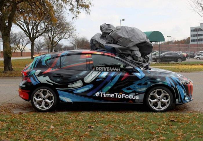 Новый пятидверный хэтчбек Ford Focus четвертого поколения проходит тесты в Детройте. | Фото: autocentre.ua.