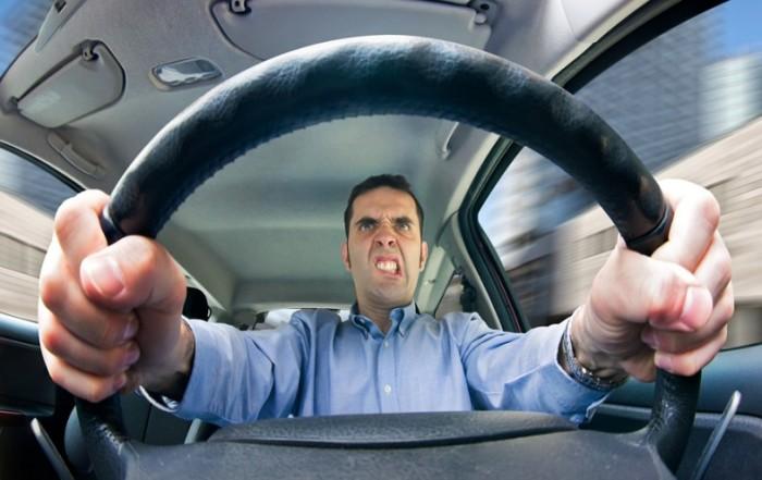 Манера вождения водителя сильно влияет на расход топлива. Фото: ruinformer.com.