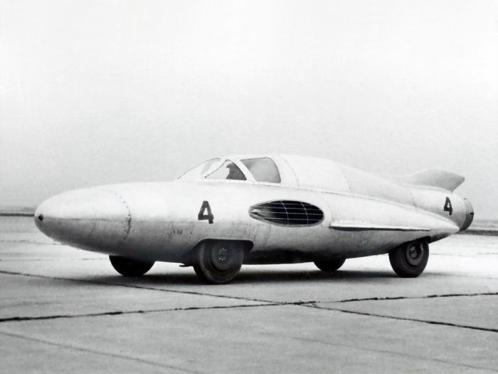 Первый в мире турбореактивный автомобиль.