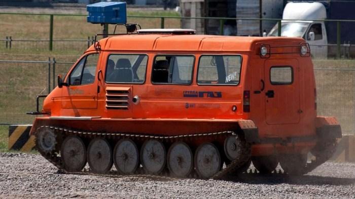 «Ирбис» хоть и получил кузов от «Газели», но это кардинально другая машина. | Фото: youtube.com.