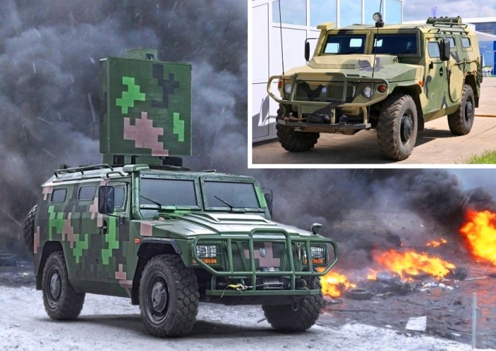 Не зная, «кто есть кто», сложно отличить российский броневик «Тигр» от его китайской копии - Yanjing YJ2080C.