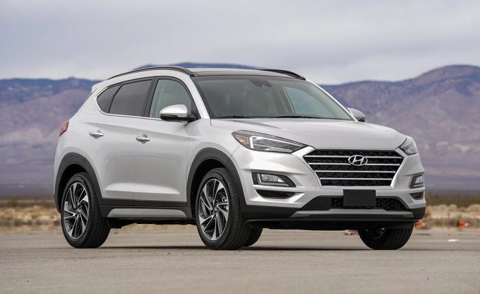Hyundai Tucson – это стильный кроссовер по интересной цене, который предлагает удобный интерьер и неплохие характеристики. | Фото: nydailynews.com.