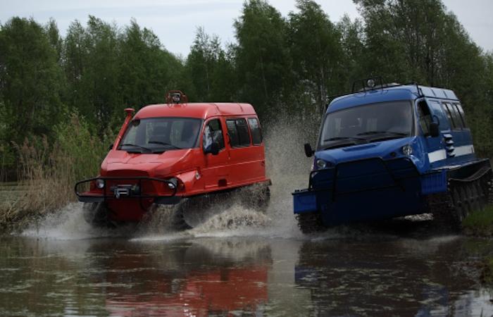 «Бобр» и «Ирбис» - российские вездеходы для охотников и рыболовов.
