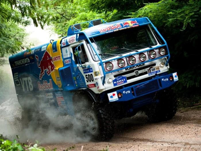 Раллийный грузовик-чемпион КамАЗ-4326 VK. | Фото: truck-auto.info.