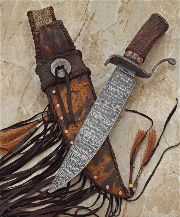 Нож Боуи работы кузнеца John Cohea. | Фото: fishki.net.
