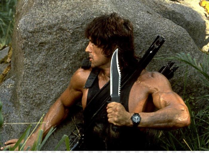 Нож Джона Рембо, героя боевиков 1980-х и 1990-х годов. | Фото: ru.kisspng.com.