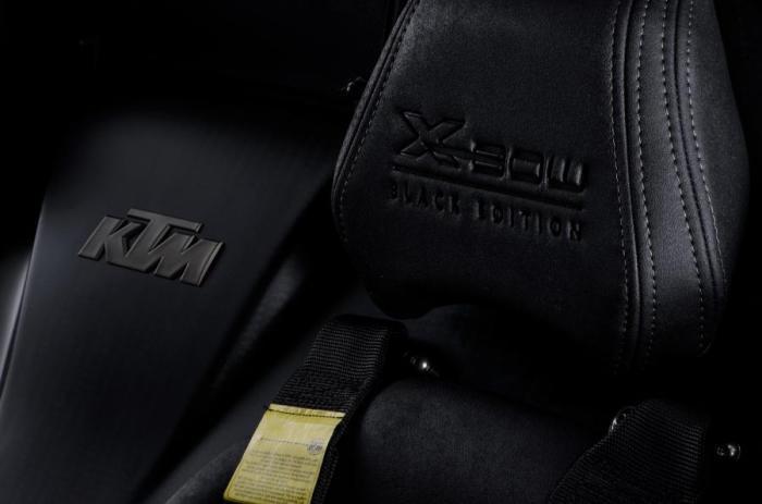 Эксклюзивная дорогая отделка «Черного издания» КТМ X-Bow.