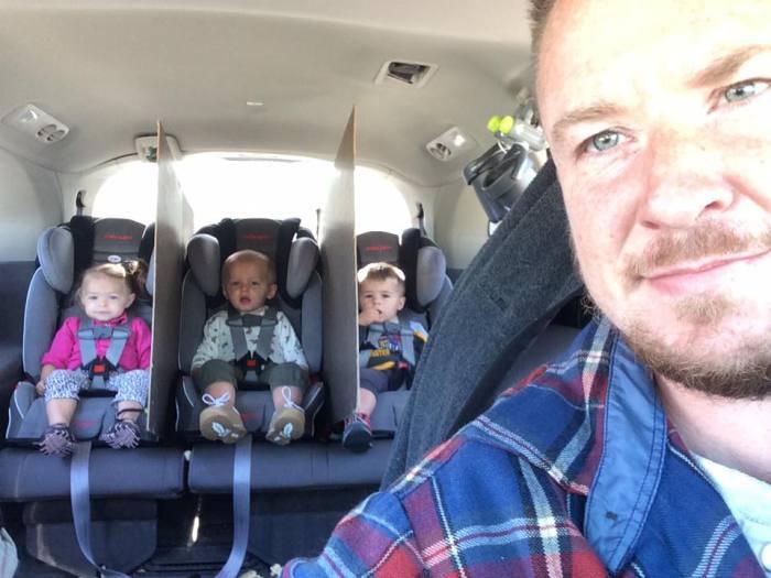 Джейк Уайт из Цинциннати, США, открыл гарантированный способ усмирить своих детишек.