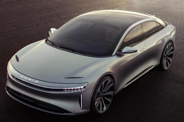 Lucid Air – автомобиль из будущего.