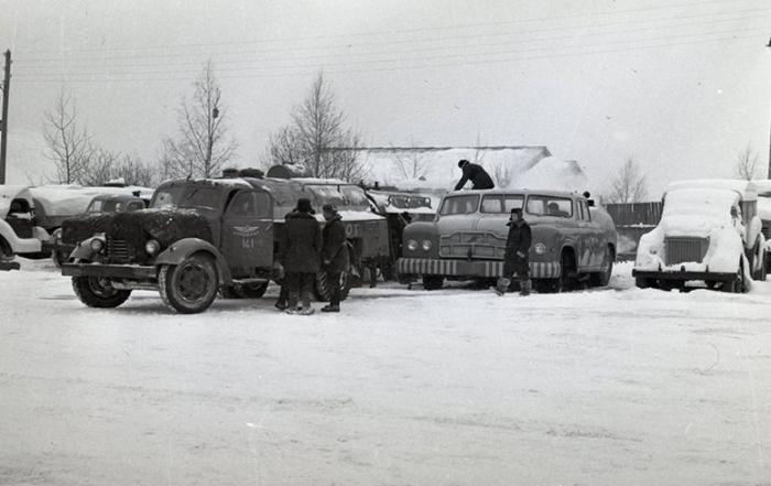МАЗ-541 по размерам был практически как грузовики 1950-х годов. | Фото: cars.photo.