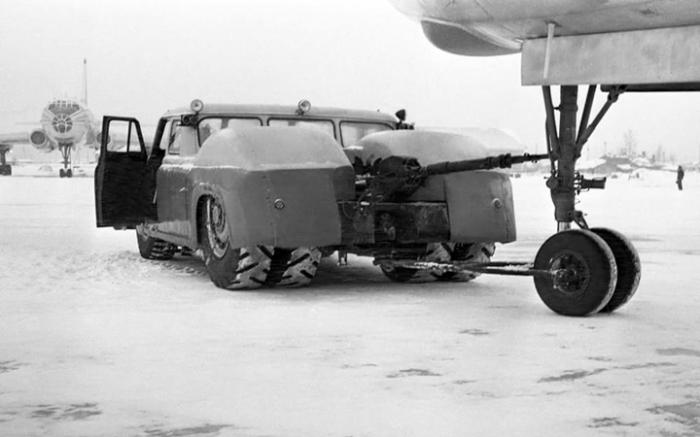 Сцепное устройство автомобиля-тягача МАЗ-541. | Фото: autowp.ru.