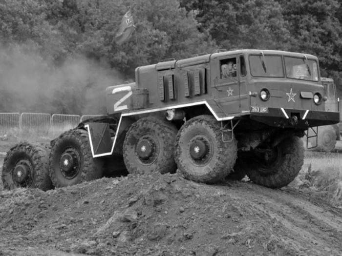 МАЗ-537 на полигоне. | Фото: i.wheelsage.org.