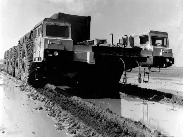 МАЗ-7904 – 6-осное шасси грузоподъемностью 220 тонн. | Фото: i.wheelsage.org.