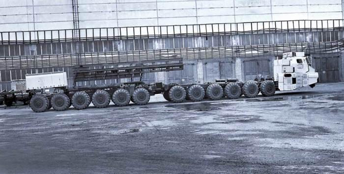 12-осное шасси МАЗ-7907. | Фото: autocentre.ua.