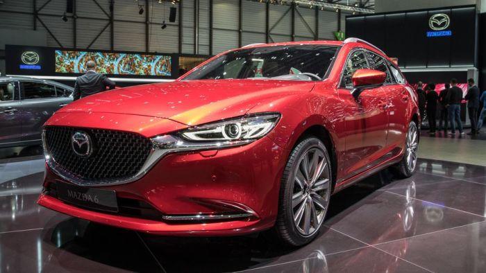 Mazda6 в кузове универсал с новыми фарами и радиаторной решеткой. | Фото: cnet.com.