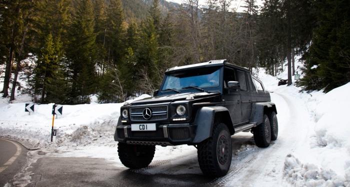 Mercedes-Benz G63 AMG 6X6 – элитный внедорожник высокой проходимости.