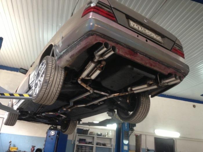 Мощность двигателя также зависит и от выпускной системы. | Фото: help4auto.com.