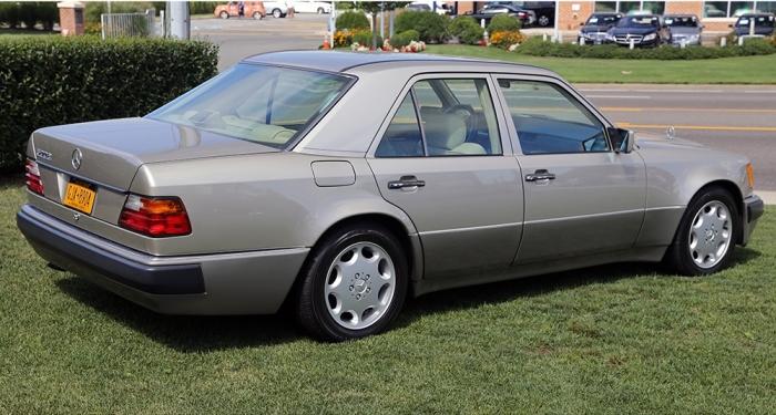 Почти как обычный Mercedes-Benz E-Class.