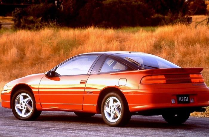 Mitsubishi Eclipse – спортивный компактный автомобиль, популярный у молодых тюнеров.