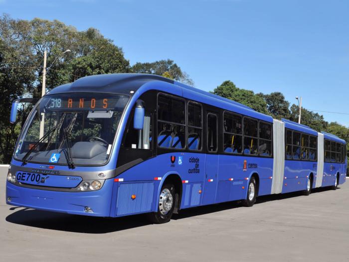 Обтекаемый кузов 28-метрового Neobus Mega BRT.