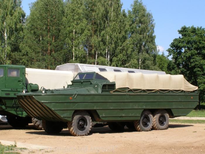 Советская тяжелая амфибия ЗИС-485 БАВ. | Фото: gvtm.ru.
