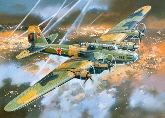Пе-8 - советская «летающая крепость». | Фото: ribalych.ru.