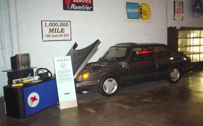 Saab 900 SPG в автомобильном музее.