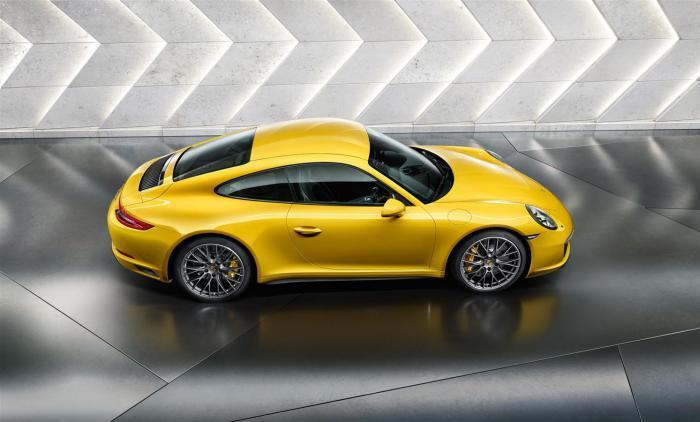 Porsche 911 – самый известный спортивный автомобиль в мире.
