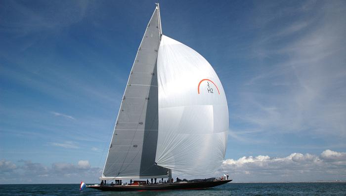 Точная реплика легендарной яхты Rainbow Гарольда Вандербильта.