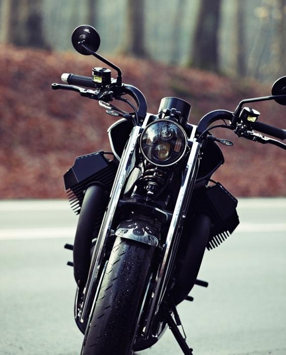 Эстонский мотоцикл Renard GT. Вид спереди. | Фото: renardmotorcycles.com.