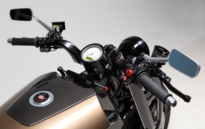 Простые приборы эстонского мотоцикла Renard GT. | Фото: renardmotorcycles.com.