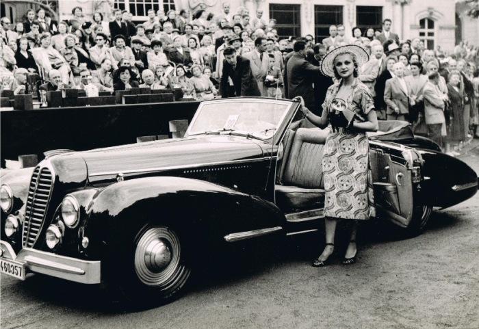 Так Delahaye 135M с кузовом от Vesters & Neirinckвыглядел в годы своей «молодости». | Фото: lbilimited.com.