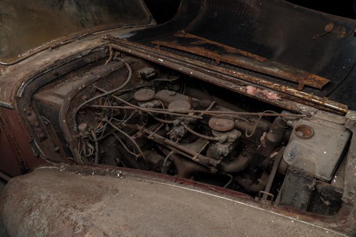 6-цилиндровый двигатель спортивного Delahaye 135M 1947 года. | Фото: lbilimited.com.