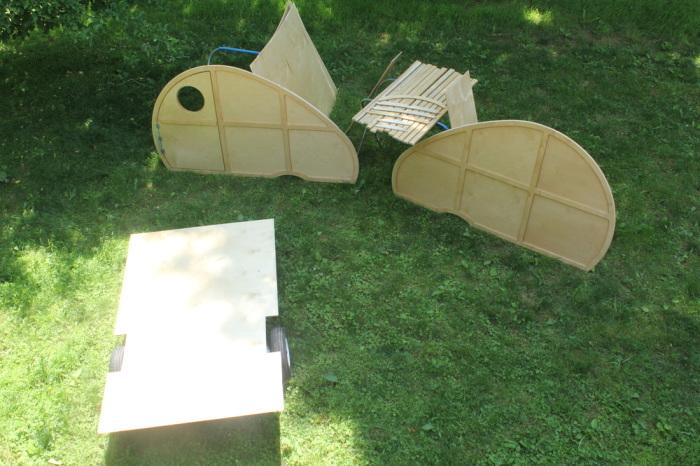 Комплект для сборки Sprig.   Фото: birchcampers.com.