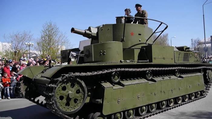 Восстановленный экземпляр советского танка Т-28. | Фото: youtube.com.