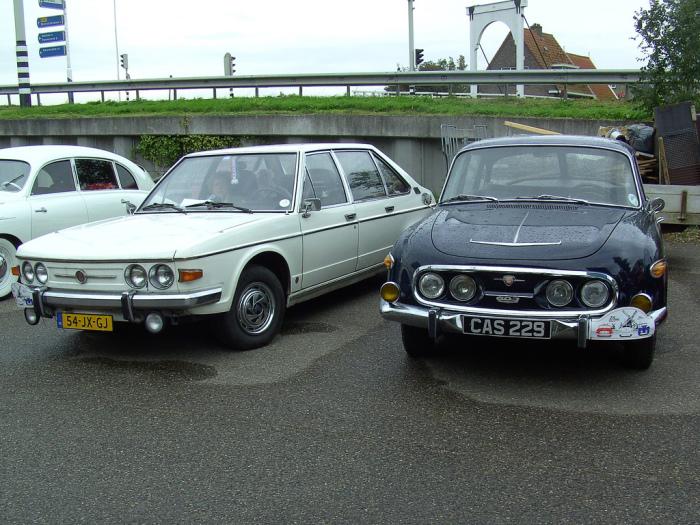Чешские представительские автомобили Tatra 613 и Tatra 603.   Фото: flickriver.com.