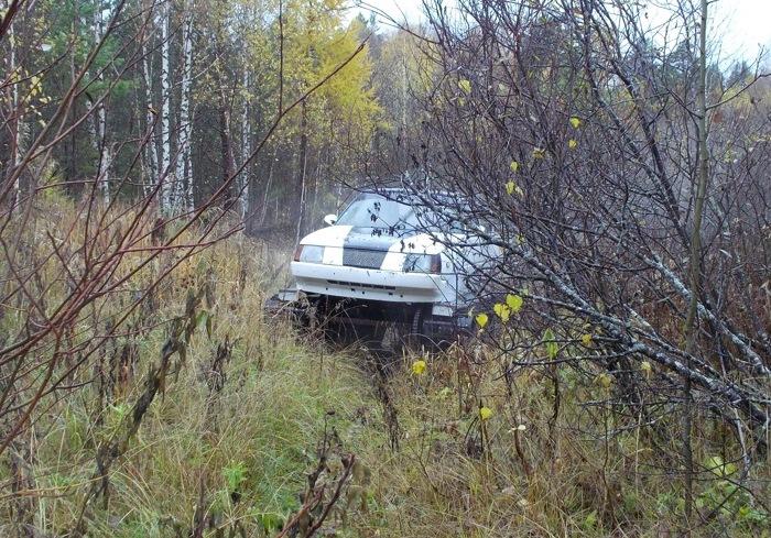 Гусеничная «Таврия» легко передвигается по любому покрытию. | Фото: autocentre.ua.
